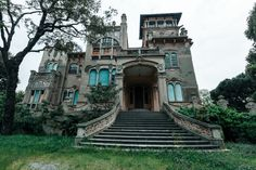 Villa Zanelli - The Abandoned Mansion With An Incredible Past