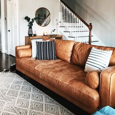 Sven Charme Tan Sofa i've been working on this front entry because I just haven't felt it's quite right! Boho Living Room, Living Room Sofa, Living Room Furniture, Home Furniture, Living Rooms, Bedroom Sofa, Coaster Furniture, Brown Leather Couch Living Room, Tan Leather Sofas