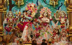 To view Radha Gopinath Lalita Vishakha Wallpaper of ISKCON Chowpatty in difference sizes visit - http://harekrishnawallpapers.com/sri-sri-radha-gopinath-lalita-vishakha-wallpaper-014/