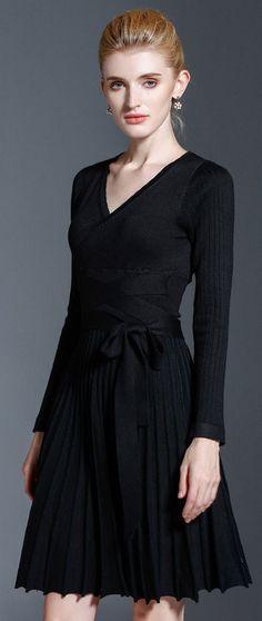 Black Bandage Pleated Dress
