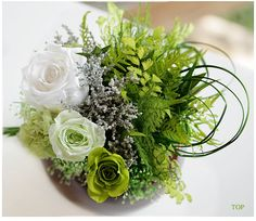 Flower arrangement for the St. Pat's party