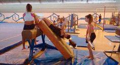 Futel Uberlândia abre temporada de rematrícula para ginástica artística Vai até o próximo dia 10, o período de renovação de matrículas para a escolinha de ginástica artística da Fundação Uberlandense do Turismo, Esporte e Lazer (Futel). http://roteirouberlandia.com.br/futel-uberlandia-abre-temp…/ #omelhordeuberlândia #uberlândia #minasgerais