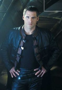 """Ben Browder - John Crichton (Character)   from """"Farscape"""" // Maybe my favorite pic of John Crichton ever."""