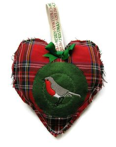 WAS £8.00 NOW ONLY £5.00  Hanging Christmas decoration, red tartan, plaid shabby chic robin, hanging heart, drawer sachet, French lavender or cinnamon scented bag  Hanging Christmas decoration sewn in a red Royal Stewart tartan with green felt and embroidered with a little red robbin. It has been stuffed with a polyester fibre filling and lavender. It would be perfect to hang on your Christmas tree or on the door of a wardrobe or it can be used as drawer sachet to scent your clothes…