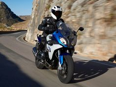 Too fast for a shadow Bmw Sport, Motos Bmw, Motorcycle, Vehicles, Bikers, Crotch Rockets, Sports, Vespas, Rolling Stock