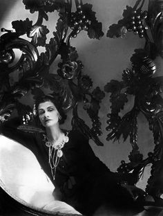 """Coco Chanel (Gabrielle Bonheur was a French fashion designer, founder of the Chanel brand and credited for liberating women from the """"corseted silhouette"""" Chanel Pearl Earrings, Chanel Pearls, Chanel Chanel, Chanel Style, Chanel Vintage, Harlem Renaissance, Coco Fashion, Vintage Fashion, Fashion Fashion"""
