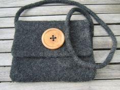 Handtasche anthrazitfarben, gefilzt von WollVerliebt auf DaWanda.com