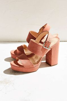 Platform Heel #UrbanOutfitters