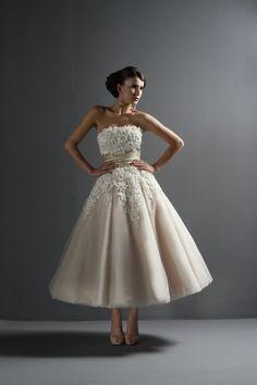 Love a 50s dress.