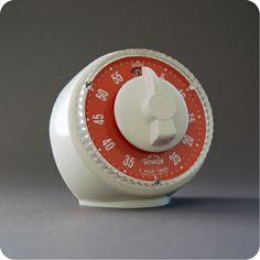 #Smiths, stylish, 5-hour kitchen timer from the 1970's Five Hours, Egg Timer, Kitchen Timers, Cooking Timer, Will Smith, Meat, Stylish, Vintage, Hourglass
