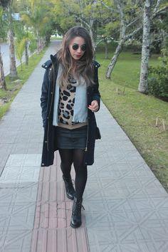 Nanda Pezzi - Look do dia Grávida: Maxi casaco + Malha de oncinha - 25 semanas