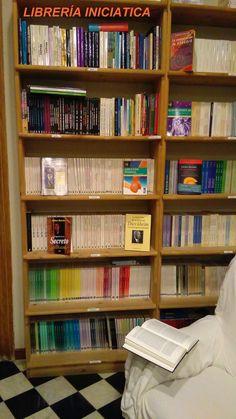 Librería online - Especialistas en Libros Esotéricos y Espirituales - www.iniciatica.com Desde 1995 disponemos de los libros más buscados, los mejores autores y las editoriales más prestigiosas.