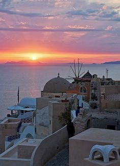Sunset+in+Oia+-+