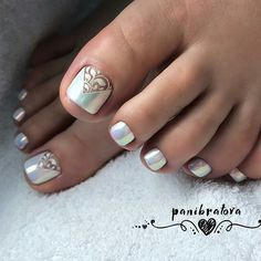 Best Toe Nail Art Ideas For 2019 - Nagellack kunst - Pretty Pedicures, Pretty Toe Nails, Cute Toe Nails, Pedicure Nail Art, Toe Nail Art, Pedicure Ideas, Gel Nail, Uv Gel, Hair And Nails