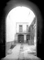 1930 Patios de una vecindad