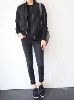 All black: bomber jacket, t-shirt, skinny jeans & plimsolls