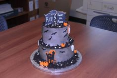 Halloween cake    Flour Power Cafe & Bakery San Antonio