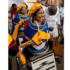 The beautiful Ndebele people of South Africa ❤️ #AfricanWeddings