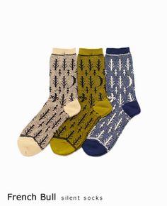 French bull[フレンチブル] サイレントソックス Silly Socks, Cute Socks, Women's Socks, Build A Wardrobe, Fall Wardrobe, Fashion Socks, Knitting Socks, Leg Warmers, What To Wear