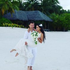 Congratulations to and her newlywed husband who celebrated their special day at Conrad Maldives. Maldives, Newlyweds, Luxury Wedding, Special Day, Congratulations, Husband, Wedding Dresses, Celebrities, Fashion