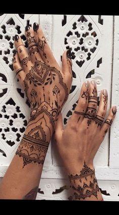 hennatattoo tattoo female Polynesian tattoos new lion tattoos simple &; - hennatattoo tattoo female Polynesian tattoos new lion tattoos simple &; hennatattoo tattoo female P - Henna Tattoo Hand, Henna Tattoo Muster, Henna Tattoo Designs, Henna Art, Mehndi Designs, Maori Tattoos, Frog Tattoos, Bild Tattoos, Forearm Tattoos