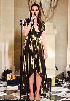 Lana del Rey performing at Kimye's wedding rehearsal #LDR #Lanadelrey