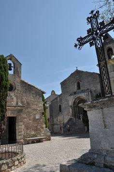 Chapelle des Pénitents Blancs - XVIIe  (The Penitents'Chapel) & Eglise Saint-Vincent - XIIe-XIVe  (Saint Vincent's Church) Les Baux-de-Provence