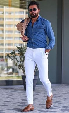 Why mens fashion casual matters? Because no one likes to look boring! But what are the best mens fashion casual tips out there that can help you […] Stylish Mens Outfits, Classy Outfits, Casual Outfits, Men Casual, Style Outfits, Summer Fashion Outfits, Spring Outfits, Mens Fashion Wear, Best Mens Fashion