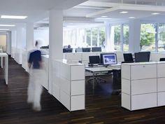 USM HALLER CREDENZA AS OFFICE STORAGE Mobile ufficio by USM Modular Furniture design Fritz Haller