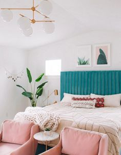 bohemian bedroom 256564510009555236 - Modern Boho Bedroom Ideas // Urban Outfitters Home Update Source by gypsytan_ Bedroom Decor For Couples Small, Boho Bedroom Decor, Decor Room, Bohemian Bedrooms, Cool Bedroom Ideas, Bedroom Small, Boho Decor, Bedroom Lighting, Bedrooms Ideas For Small Rooms