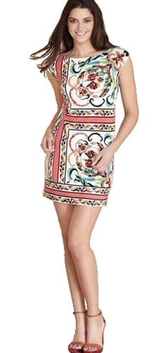 This style Emilio Pucci Sleeveless Dress is suitable to all body types. Emilio Pucci Boat Neck Tunic Ethnic Sleeveless Dress isspecial for its neck and shoulder ares which is truly to draw much attention from people. It is a must have for fashionable ladies to enjoy a good summer.