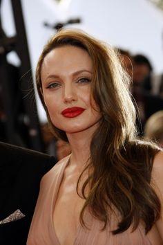 Angelina Jolies long side swept hairstyle