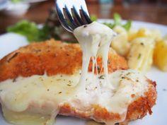Receitas práticas de culinária: Bifes de peru recheados com queijo