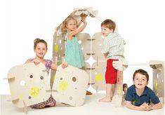 16 panneaux géants en carton FSC pour que les enfants construisent d'étonnantes cabanes qui deviennent terrains de jeux. Deviens un véritable architecte !