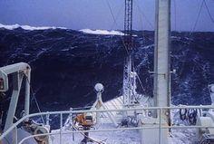Rogue Wave, Sea Dress, Big Sea, Rough Seas, Stormy Sea, Beaches, Boats, Sailing, Fair Grounds
