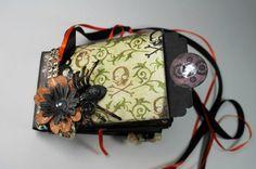 Handmade Halloween Mini Scrapbook Album by BlingNThingsbyPenny  www.blingnthingsbypenny.etsy.com