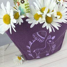 Rehlein Täschchen mit Blumen gefüllt Planter Pots, Blog, Pentecost, Deer, Friday, Flowers, Blogging