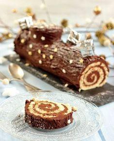 Recette de bûche facile et rapide au chocolat ! Un biscuit roulé et une ganache chocolat #noel #recette #dessert