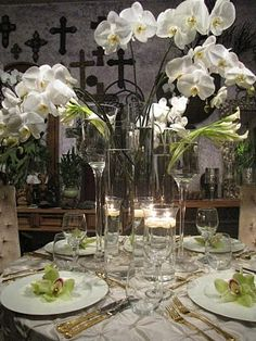white orchids with calla lilies