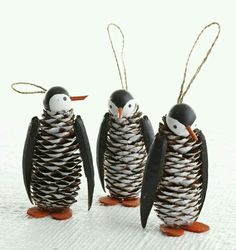 Cute christmas penguin crafts for kids hative painted pine cone daisy zinnia flowers zinnia pine cones white daisy magnoliafloral on artfire Christmas Projects, Christmas Fun, Holiday Crafts, Country Christmas, Spring Crafts, Holiday Decor, Pine Cone Art, Wooden Christmas Ornaments, Penguin Ornaments