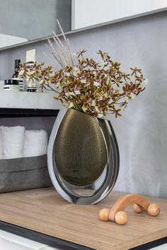 Flower Vases, Flower Art, Flower Arrangements, Hotel Room Design, Flora Design, Flower Graphic, Transitional Decor, Luxury Decor, Interior Exterior