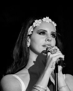 pinupgalore-lanadelrey:   Paradise Tour 2013 - But I still got jazz when I've got the blues