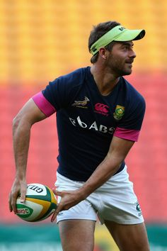 Willie le Roux of the Springboks passes during a South Africa Springboks captain's run at Suncorp Stadium on September 6, 2013 in Brisbane, Australia.