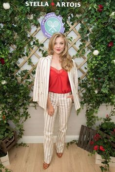 Natalie Dormer & Ellie Goulding Help Kick Off Wimbledon Championships Photo Natalie Dormer rocks a striped trouser suit while attending the 2018 Wimbledon Championships held at the All England Lawn Tennis and Croquet Club on Monday (July… Natalie Dormer, Wimbledon, Young Vic, Margaery Tyrell, Daenerys Targaryen, Dramatic Arts, Duchess Of York, Pinstripe Suit, Ellie Goulding