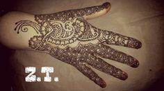 Henna model marier