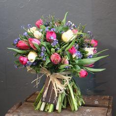 Mixed Spring Bouquet - go.botanica