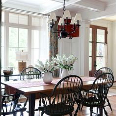 Charming country dining room