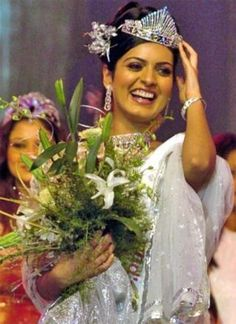 A girl from small town, Niharika, won #MissEarthIndia in 2005. Your turn to join the league of pageants.