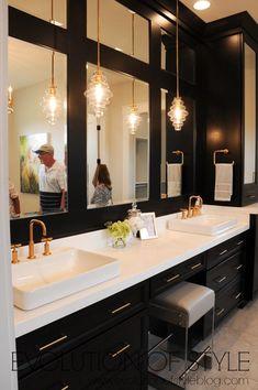 Master bathroom with black cabinets and gold hardware BathroomCabinetVanity 426786502188354503 Bathroom Renos, Bathroom Renovations, Bathroom Furniture, Bathroom Ideas, Bathroom Organization, Master Bathrooms, Budget Bathroom, Bathroom Layout, Black Bathrooms