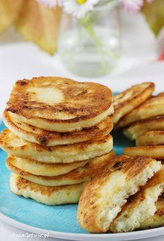 Placki z serem twarogowym. Pancakes with cottage cheese. Cottage Cheese Pancakes, Tiramisu, Food And Drink, Breakfast, Recipes, Drinks, Tin Cans, Meals, Morning Coffee
